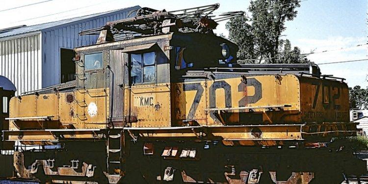 KMC 702 (1928 GE 85 ton Steeplecab