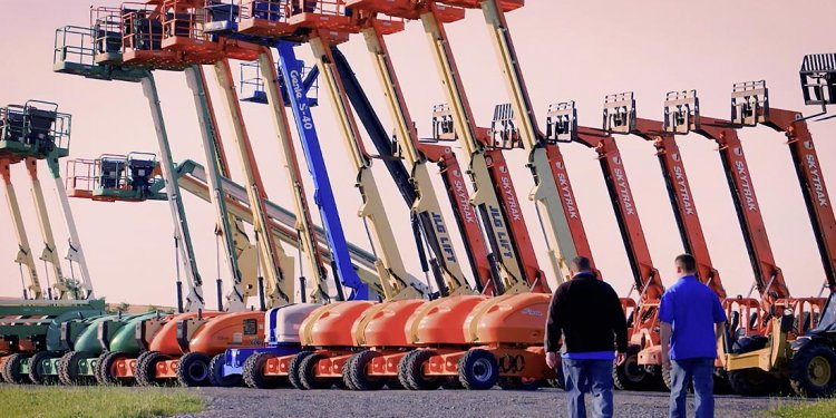 Used Forklifts & Aerial Lifts