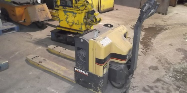 Stand up Pallet Jack