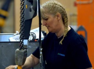 unicarriers_factory_staff_2.jpg